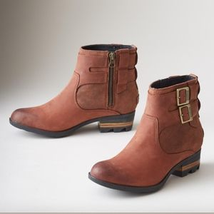 Sorel Lolla Short Booties NWT in Box Size 8
